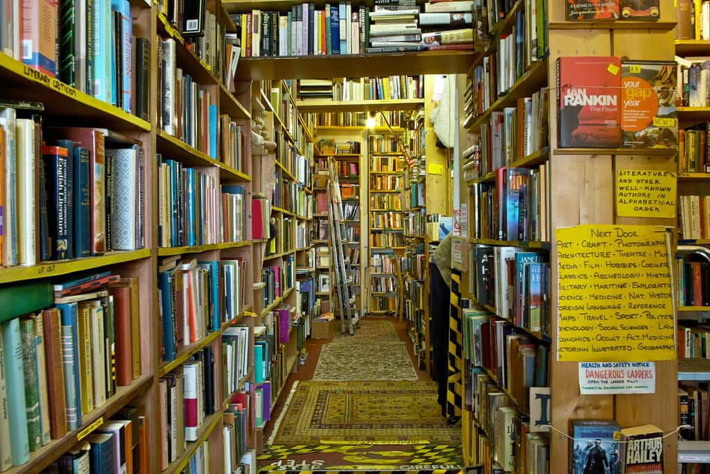 10 Ways to Discover Literature in Edinburgh