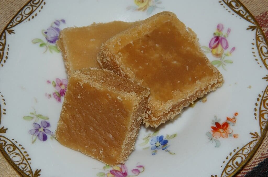 Super Simple Recipe for the Traditional Scottish Sweet, Tablet!