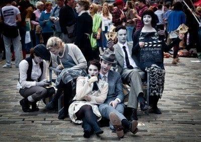 Fringe Festival Edinburgh street-performers-870127 - by Luxstorm via pixabay - Public Domain
