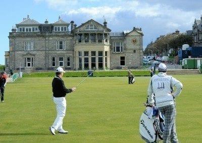Golf scotland saint andrews - 598473_1920 by jackmac34 via pixabay - Public Domain