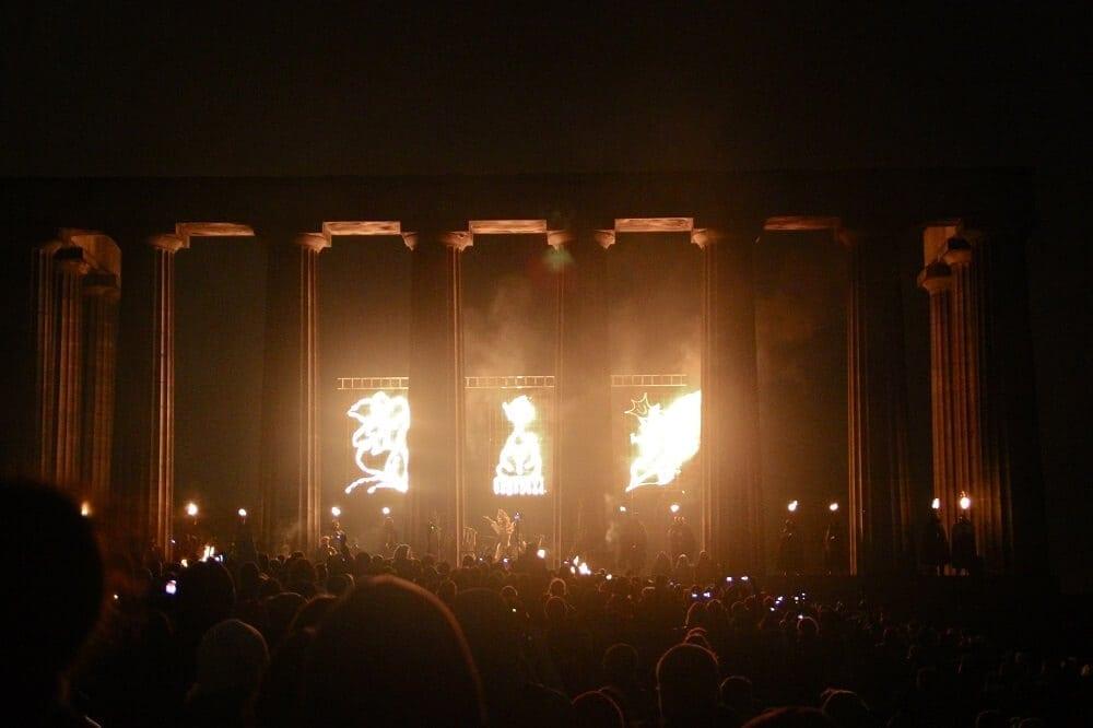 Edinburgh_Beltane_Fire_Festival_2012_-_National_Monument